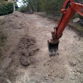 Driveway extension and rockwall re- placement. Pullenvale.