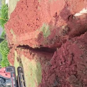 Trenching. Thornlands Faith Luthern College.